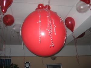 Balon Jumbo Rosu - in Iasi