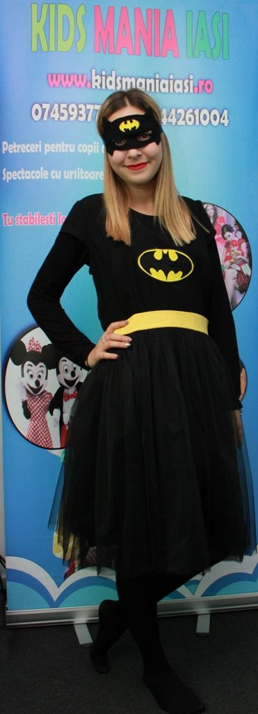 Bagirl sau varianta feminina a personajului Batman in Iasi